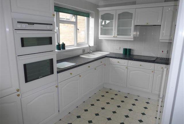 Thumbnail Flat to rent in Durlston Parade, Durlston Drive, Bognor Regis