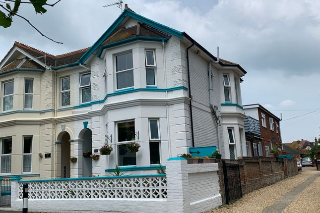Thumbnail Hotel/guest house for sale in 101 Station Avenue, Sandown