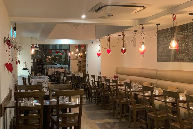 Thumbnail Restaurant/cafe to let in Stroud Green Road, Crouch Hill, London
