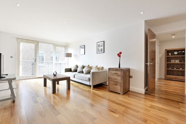 Thumbnail Flat to rent in 9C Clerkenwell Road, London