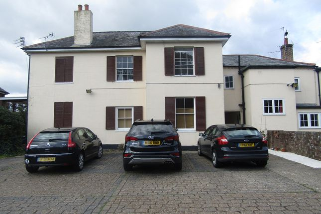 Thumbnail Flat to rent in Leigh Road, Havant