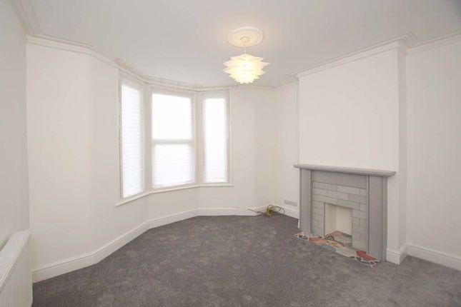 Lounge of Grindell Road, Bristol BS5