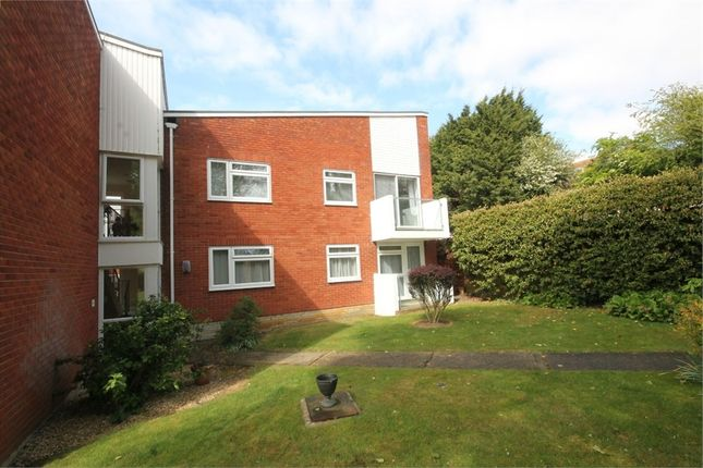 Thumbnail Flat for sale in Linkside, Frinton-On-Sea