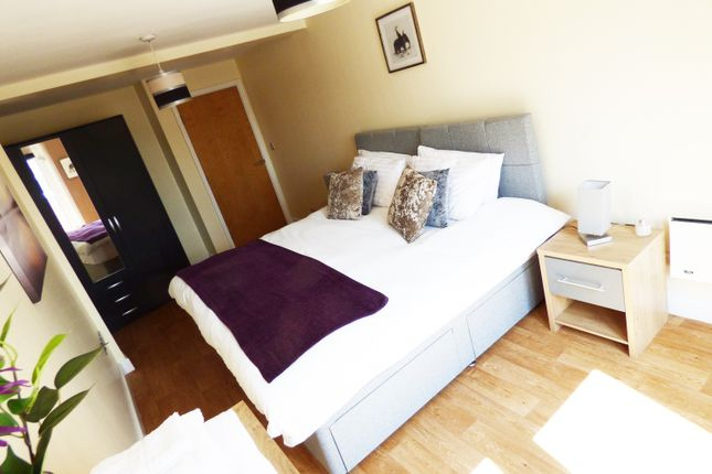 Thumbnail Flat for sale in Charles Street, Leicester