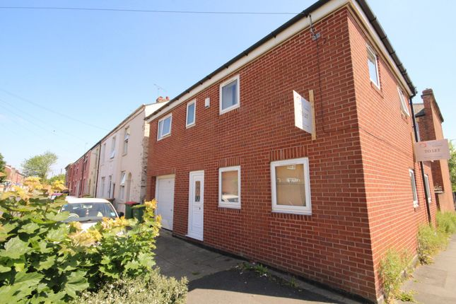 Thumbnail Terraced house to rent in Villiers Street, Preston