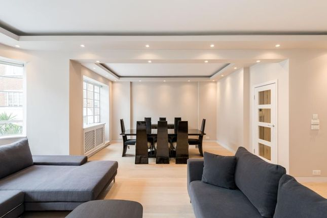 Thumbnail Flat to rent in Stockleigh Hall, St Johns Wood NW8,