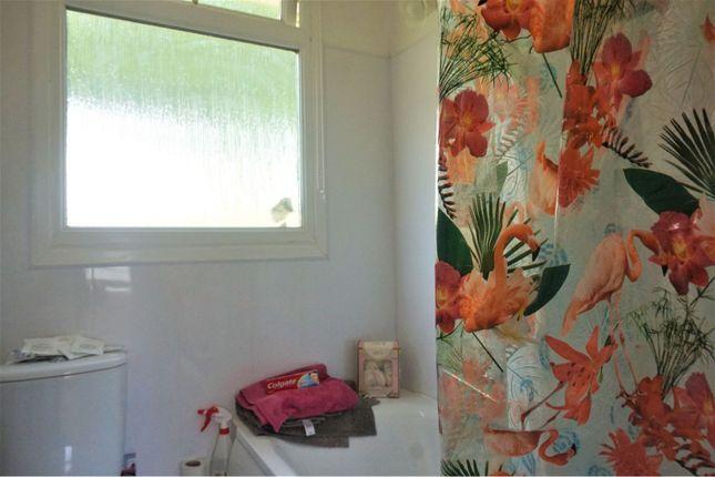 Bathroom of Norton Park, Dartmouth TQ6