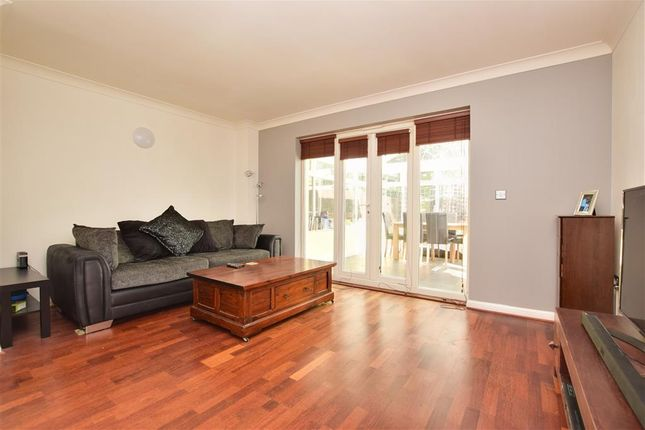 Thumbnail Town house for sale in Shirley Road, Croydon, Surrey