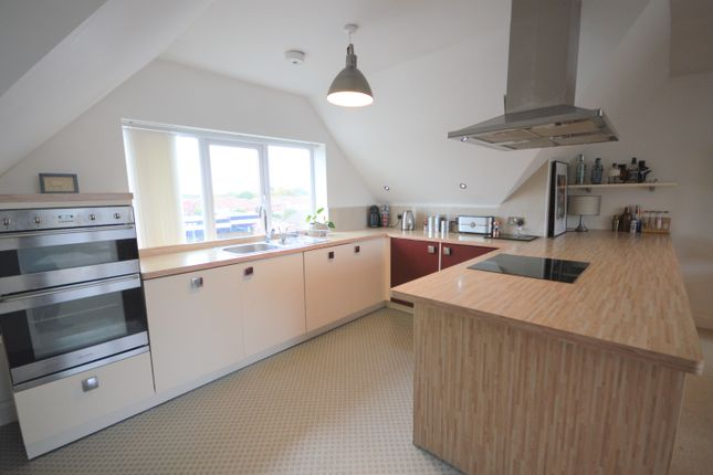 Thumbnail Flat to rent in Castle Lane West, Bournemouth