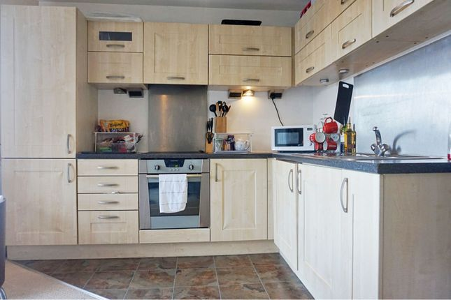 Kitchen of 4 The Waterfront, Manchester M11