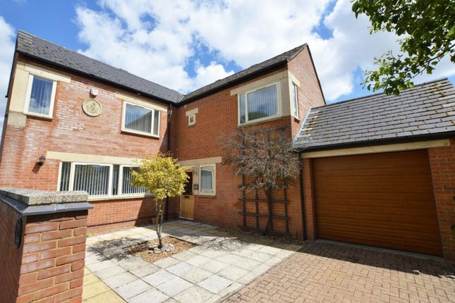Thumbnail Detached house to rent in West Street, Olney