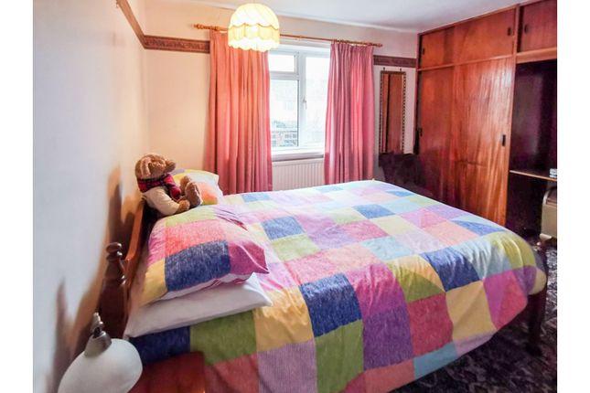 Bedroom One of Kendal Avenue, Southampton SO16