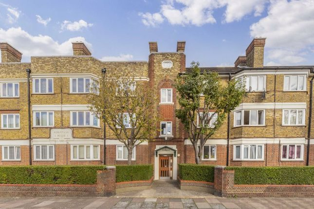 2 bed flat for sale in Tooting Grove, London SW17