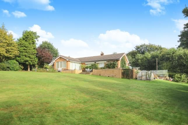 Thumbnail Bungalow for sale in Cowlishaw Brow, Romiley, Stockport, Cheshire