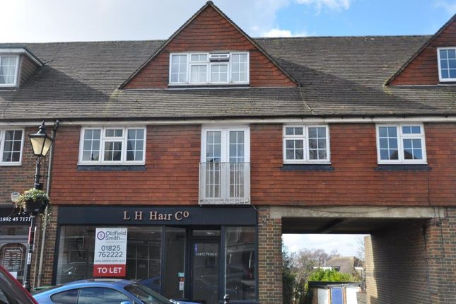 3 bed flat for sale in High Street, Wadhurst TN5