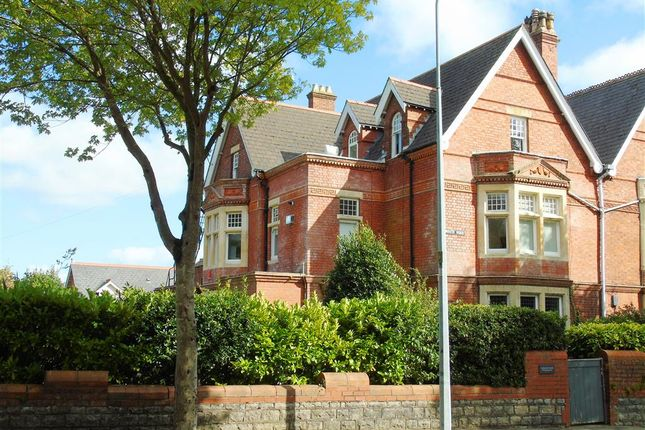 Thumbnail Flat for sale in Plymouth Road, Penarth