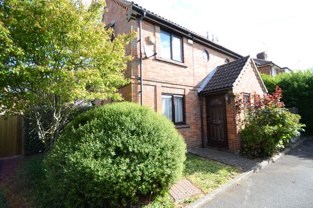 1 bed semi-detached house for sale in Hartland Road, Reading RG2