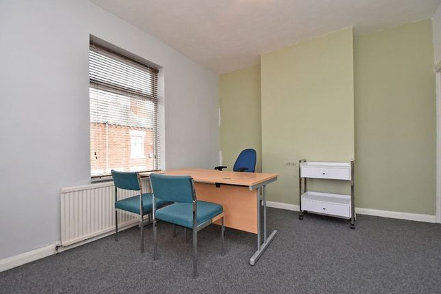 Room 1 (2) of Ibbottson Street, Wakefield WF1