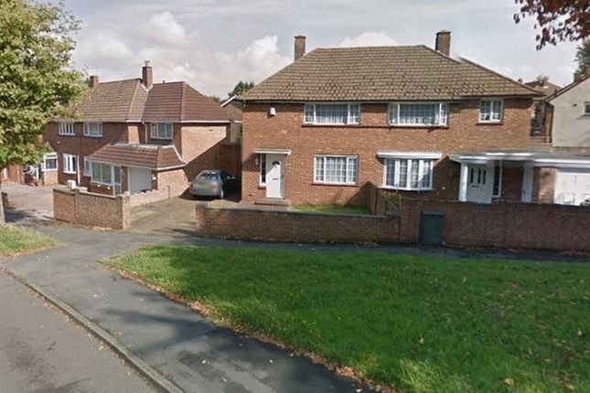 Thumbnail Flat to rent in Calley Down Crescent, New Addington, Croydon