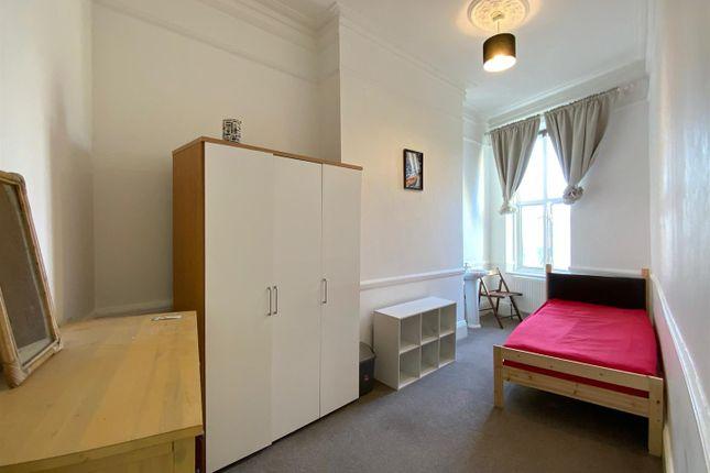 Property to rent in Uxbridge Road, Shepherds Bush