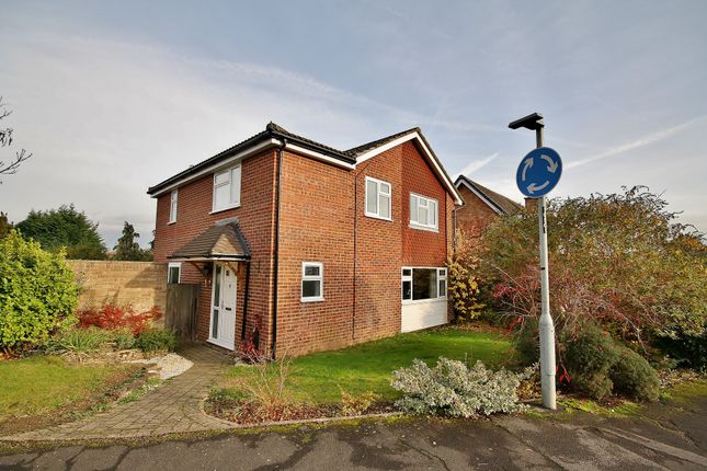 Thumbnail Detached house for sale in Linden Way, Ripley, Woking