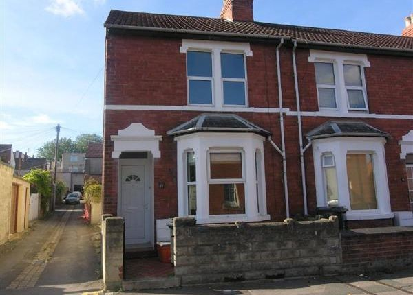 Thumbnail End terrace house to rent in Room 1, 11 Lincoln Street, Swindon