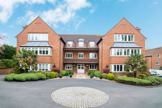 Thumbnail Flat to rent in Bishops House, 42 Four Oaks Road, Sutton Coldfield, West Midlands