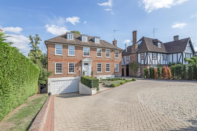 Thumbnail Detached house to rent in Pine Grove, London