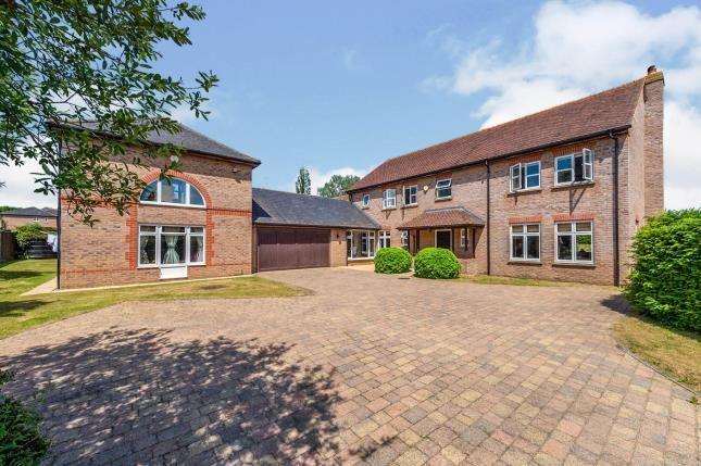 Thumbnail Detached house for sale in Lovett Green, Sharpenhoe, Beds, Bedfordshire