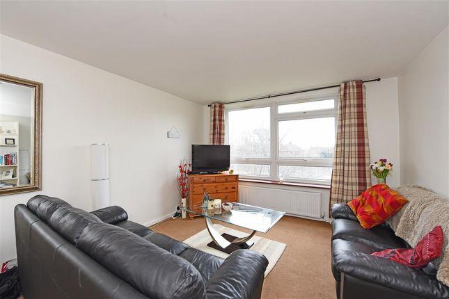 Thumbnail Flat to rent in Brett House, Putney Heath Lane, London
