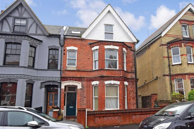 Thumbnail Flat for sale in Bedford Grove, Eastbourne, East Sussex