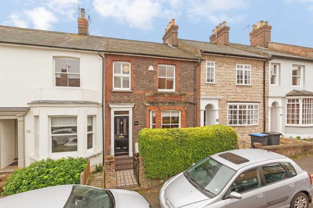 Thumbnail Terraced house for sale in Kitsbury Road, Berkhamsted