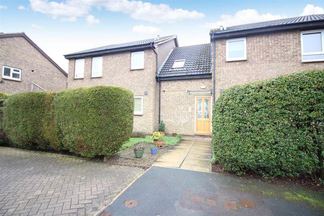 Thumbnail Flat to rent in Biddenden Road, Leeds