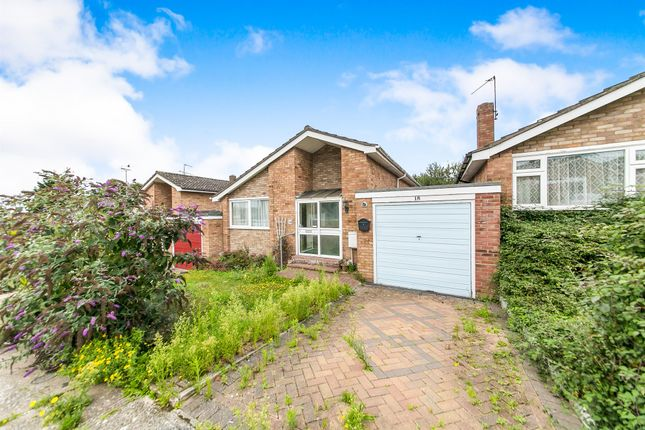 Thumbnail Bungalow for sale in Norfolk Crescent, Colchester