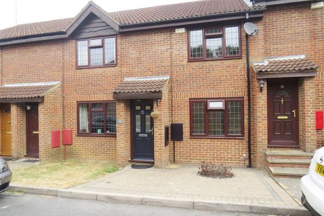Thumbnail Property to rent in Crackley Meadow, Hemel Hempstead