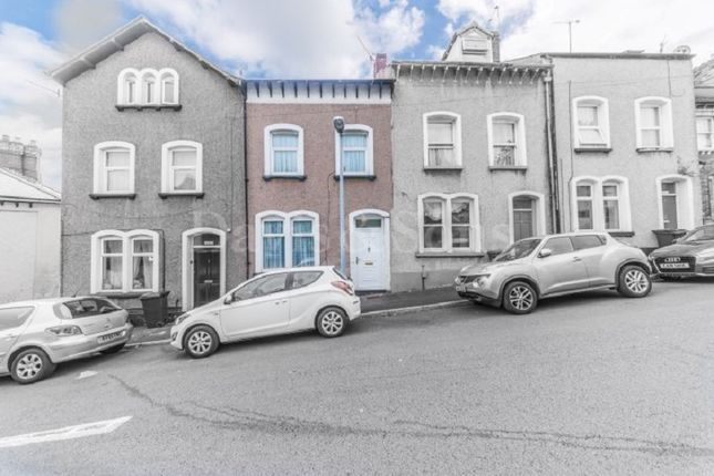 Thumbnail Terraced house for sale in Clyffard Crescent, Baneswell, Newport.