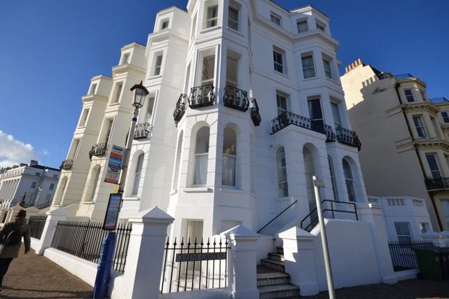 Thumbnail Flat to rent in Queens Mansions, Queens Gardens, Eastbourne