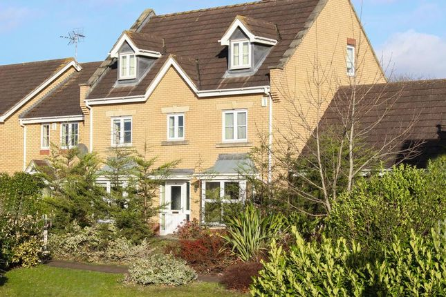 5 bed detached house for sale in Claridge Close, Leighton Buzzard