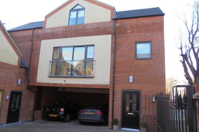 Thumbnail Link-detached house to rent in Carline Road, Lincoln