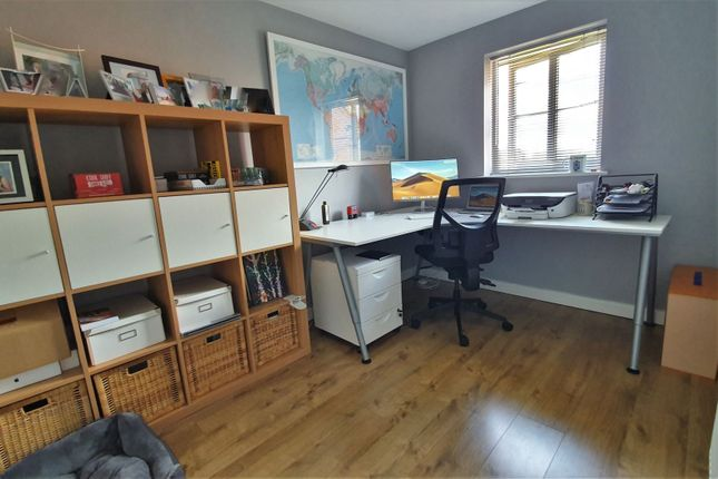 Office / Study of Barons Close, Leicester LE9