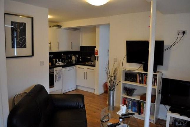Thumbnail Flat to rent in Rookery Road, Selly Oak, Birmingham, West Midlands.
