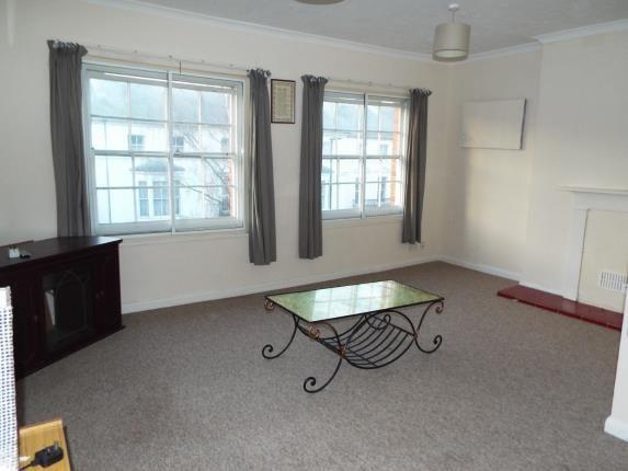 Lounge of Carisbrooke Road, Newport PO30