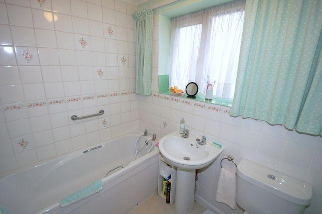 Bathroom of Cedar Close, Bagshot GU19