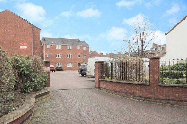 Thumbnail Flat for sale in University Court, Grantham