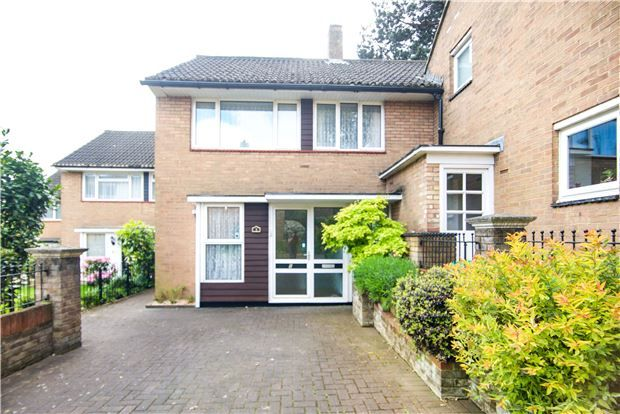 Thumbnail Terraced house for sale in Littlecote Close, London