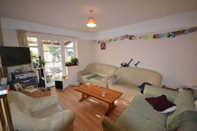 Thumbnail Semi-detached house to rent in Redlands Road, Reading
