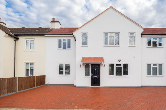 Thumbnail Terraced house for sale in London Road, Romford