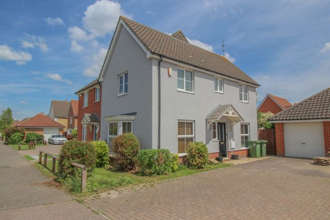 3 bed semi-detached house for sale in Mersea Crescent, Wickford SS12