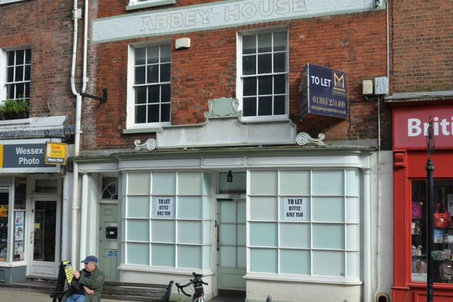 Retail premises to let in Cornhill, Dorchester