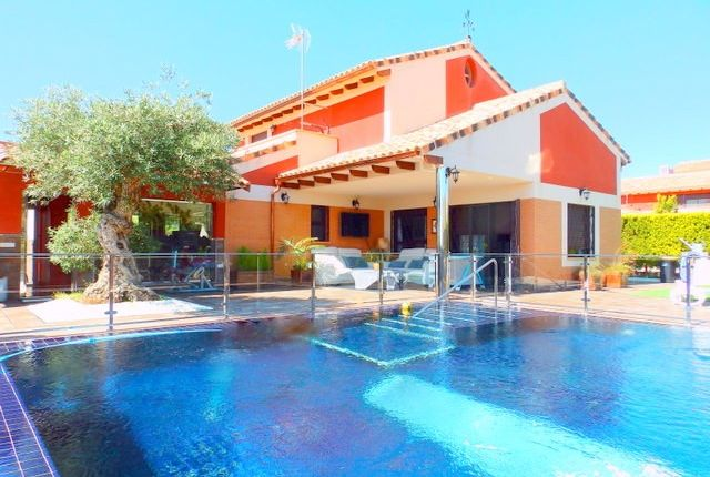 Thumbnail Villa for sale in Murcia, Murcia, Spain